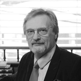 Nigel Hamilton